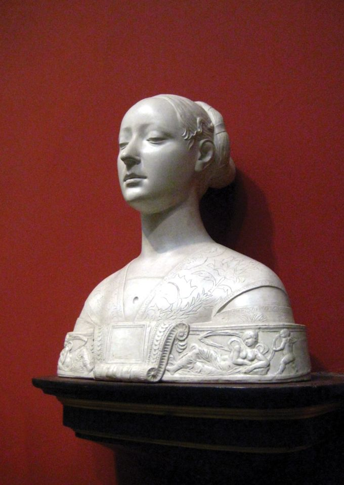 This plaster cast (around 1889) of an unknown woman by the Renaissance master Francesco Laurana (1472) is a record of the original in the Berlin Museum, damaged during the Second World War