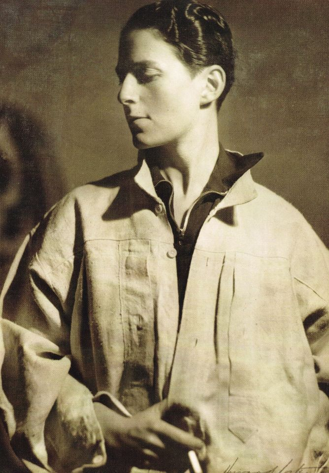 A 1932 photograph of the artist by Howard Coster