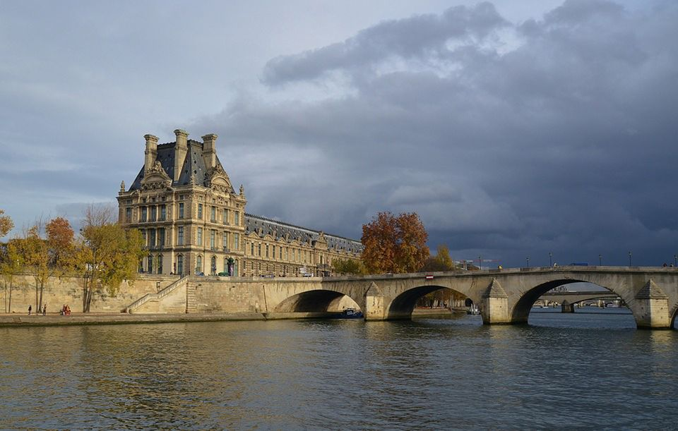 The rising water level of the river Seine has resulted in precautionary closures at Paris museums