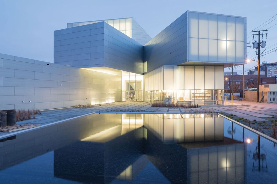 The ICA, designed bySteven Holl