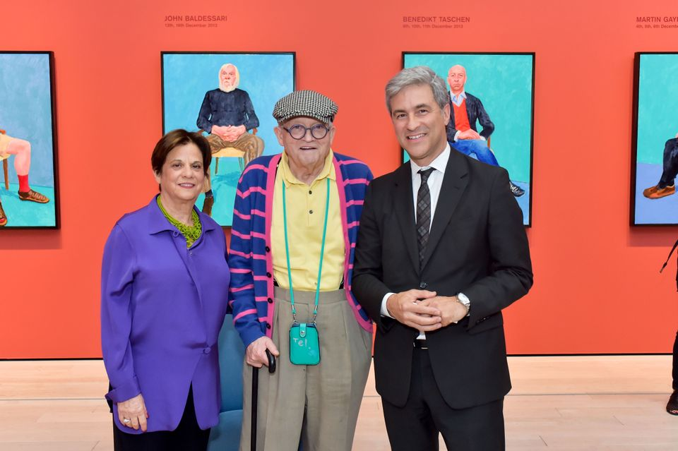 David Hockney, centre, with Lacma's curator Stephanie Barron and director Michael Govan