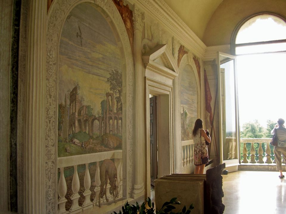 Veronese's frescoed balustrade in the Sala a Crociera at the Villa Barbaro echoes the real balustrade that Palladio designed for the villa