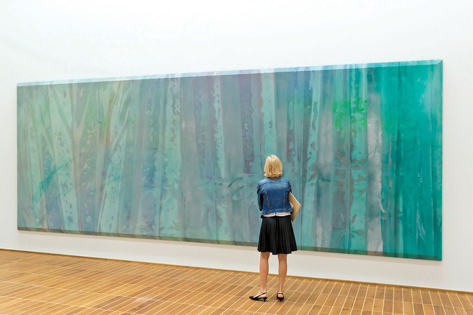 Sam Gilliam's The Music of Color (1967–73) at the Kunstmuseum Basel