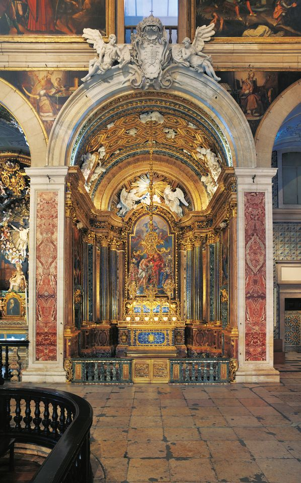 Made in Rome, assembled in Lisbon: the Chapel of the Holy Spirit and St John the Baptist in the Church of São Roque