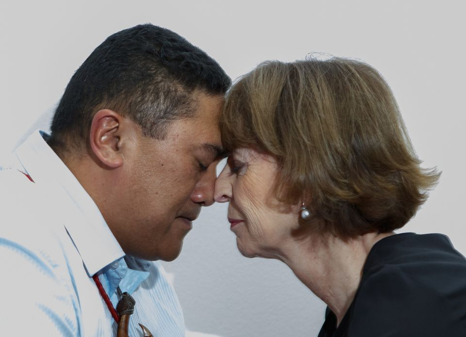 Henriette Reker, the mayor of Cologne, sharing a hongi—the traditional Maori form of greeting—with a member of the Te Pap delegation at the transfer ceremony for the skull at the Rautenstrauch-Jost-Museum in Cologne