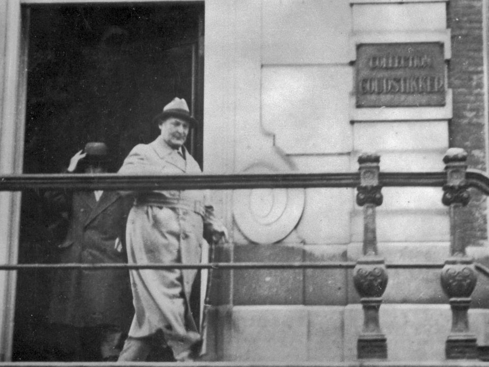 Hermann Goering leaving the Goudstikker art dealership at the Herengracht 458, Amsterdam