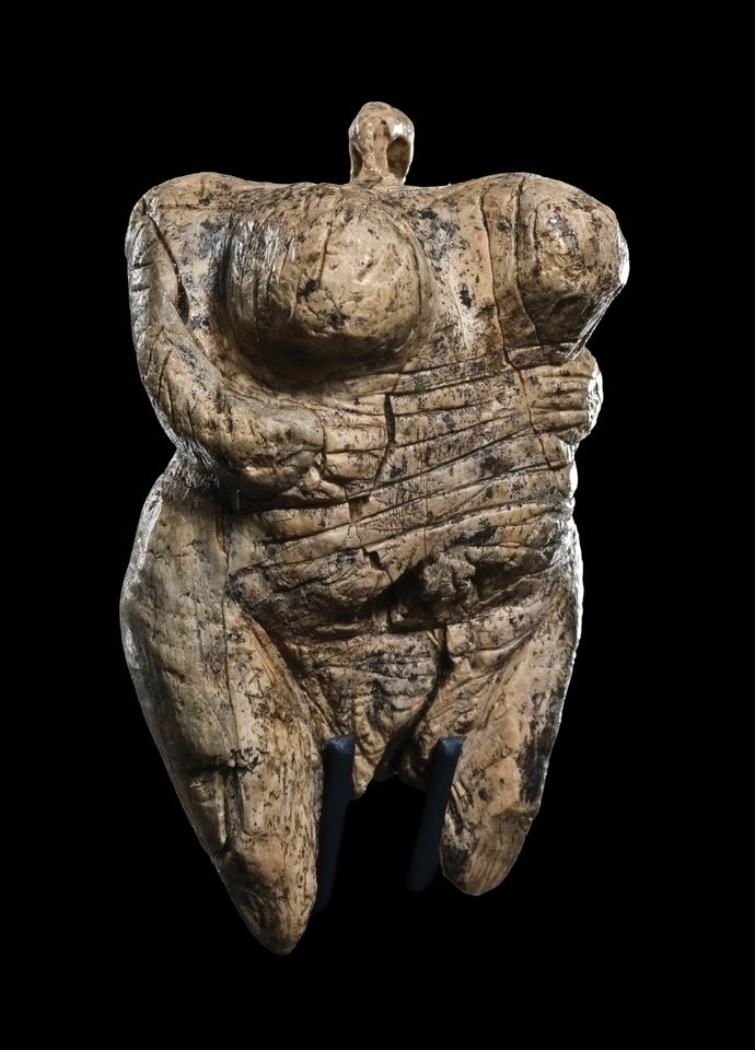 Exhibits include the 35,000-year-old Venus of Hohle Fels made from mammoth ivory