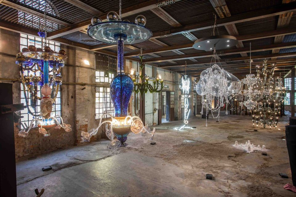 During Venice Glass Week, the Fondazione Berengo hosts Lux-Lumen, an exhibition of contemporary interpretations of Murano glass chandeliers