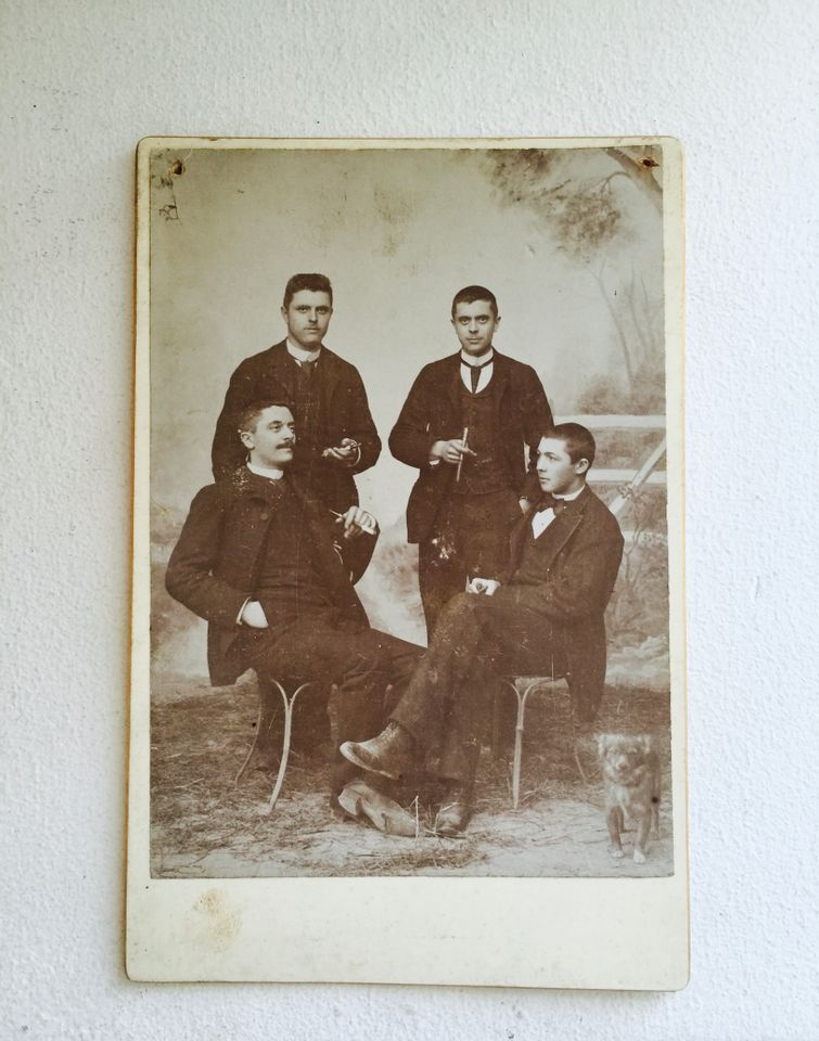 François Poulet (seated lower right) with friends (1888-90), photograph by Duval
