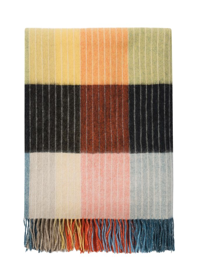 Paul Smith's capsule collection includes a scarf, blankets and cashmere jumpers based on Albers's design