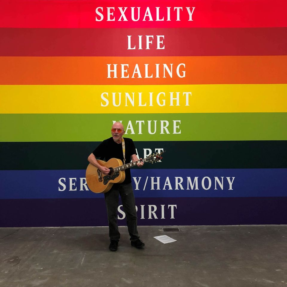 Graham Parker performing at Ikon during the opening of Polly Apfelbaum's exhibition Waiting for the UFOs (a space set between a landscape and a bunch of flowers)