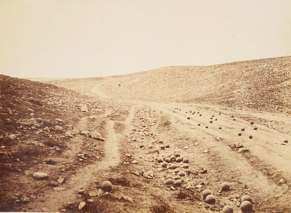 Roger Fenton's The Valley of the Shadow of Death (1855)