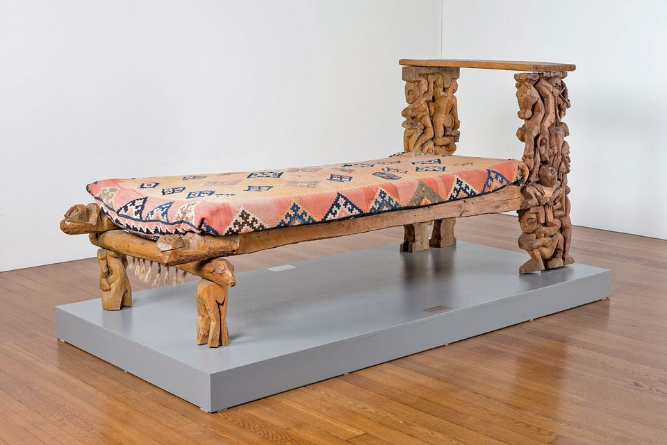 The bed carved by Kirchner for his wife Erna Schilling in 1919