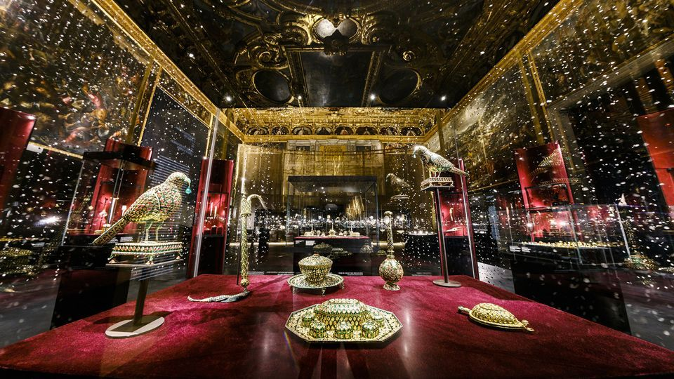 Treasures of the Mughals and the Maharajas: the Al Thani Collection at the Doge's Palace in Venice