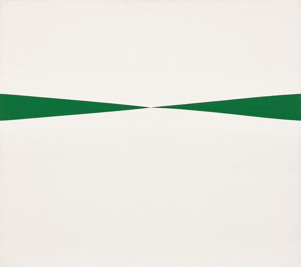 Carmen Herrera's Blanco y Verde (1966) goes under the hammer at Phillips