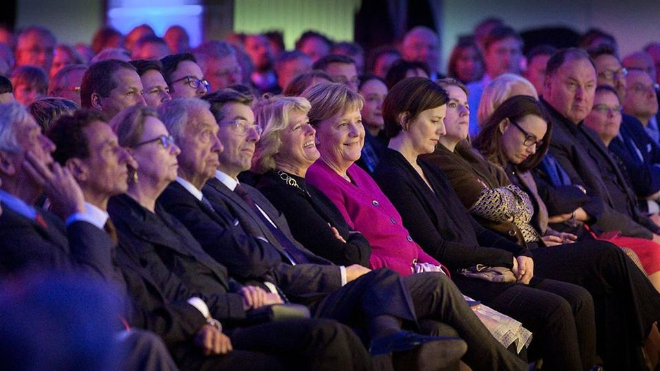 German  Chancellor Angela Merkel and Culture Minister Monika Grütters at the ceremony in the Humboldt Forum
