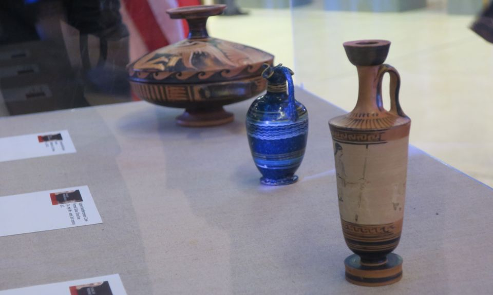 Among the works to be repatriated are three ancient Greek vessels that officials said we illicitly removed from an archaeological site in Italy and smuggled into the US