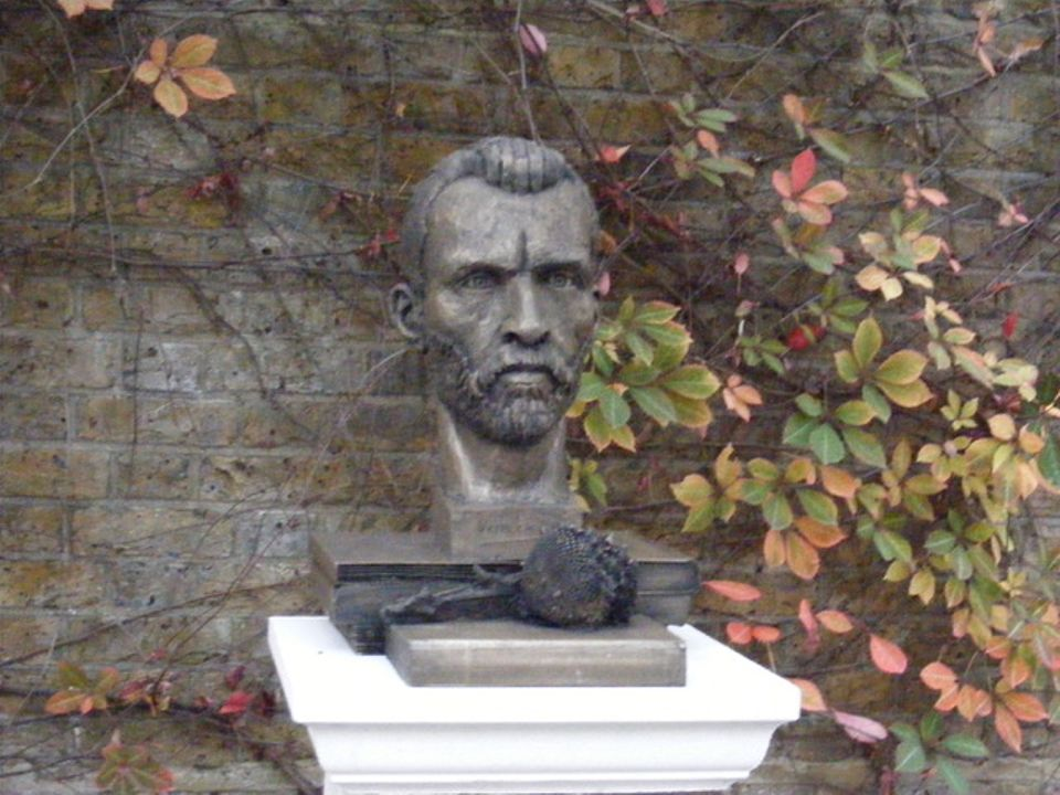 The modified Van Gogh sculpture just unveiled in Brixton