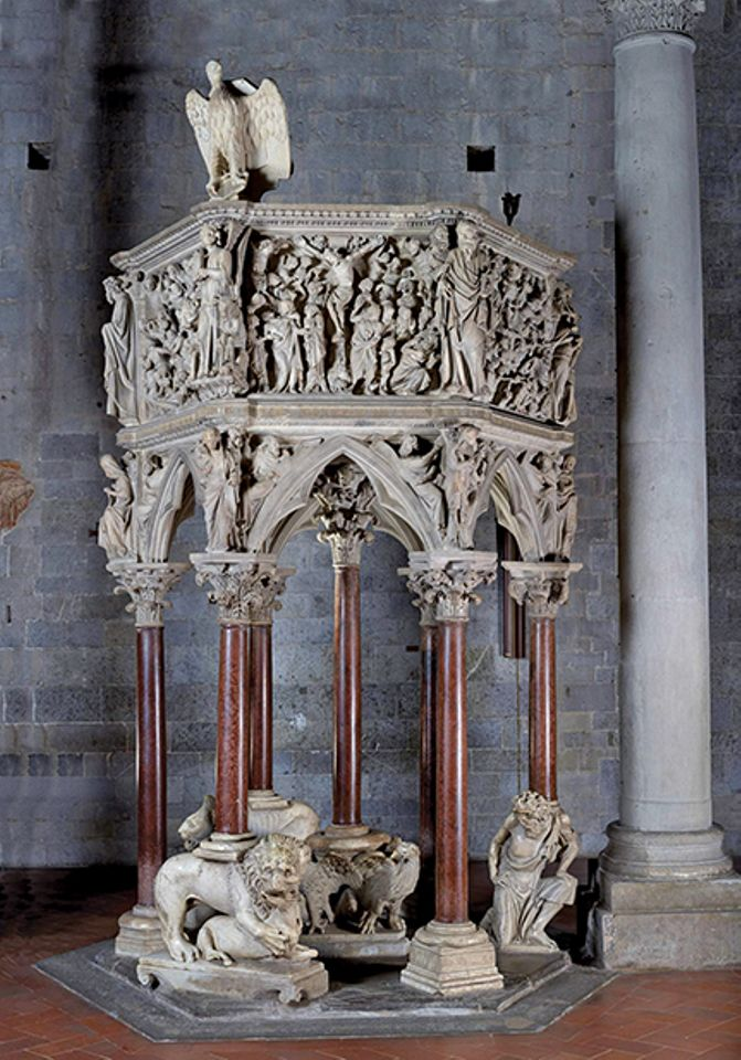 Pulpit restored in Pistoia, Italy
