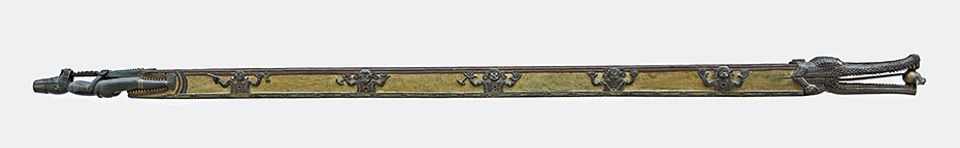 The 7m-long feast trough was one of 50 objects taken from the Solomon Islands in 1891 by a British naval force and ended up at the British Museum