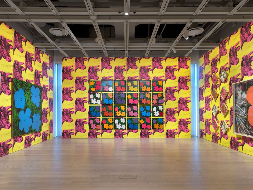 Installation view of Andy Warhol – From A to B and Back Again (Whitney Museum of American Art, New York, November 12, 2018-March 31, 2019). From left to right, top to bottom: Flowers, 1964; Flowers, 1964; Flowers, 1964; Flowers, 1964; Flowers, 1964; Flowers, 1964; Flowers, 1964; Flowers, 1964; Flowers, 1964; Flowers, 1964; Flowers, 1964; Flowers, 1964; Flowers, 1964; Flowers, 1964; Flowers, 1964; Flowers, 1964; Flowers, 1964; Flowers, 1964; Flowers, 1964; Flowers, 1964; Flowers, 1964; Flowers, 1964; Flowers, 1964; Flowers, 1964; Flowers, 1964; Flowers [Large Flowers], 1964-65.