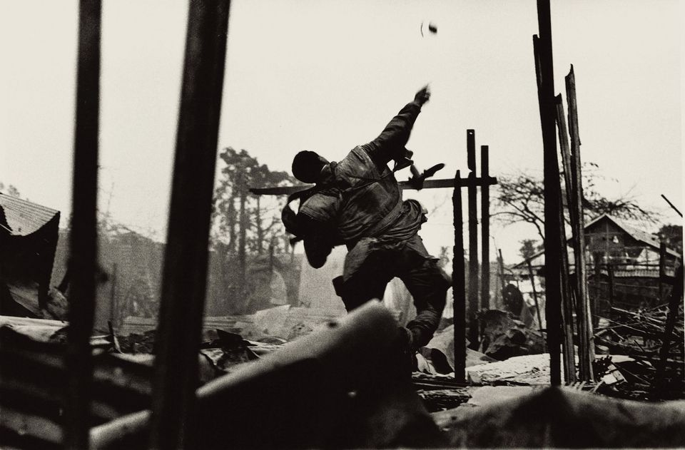 Don McCullin, Grenade Thrower, Hue, Vietnam (1968)