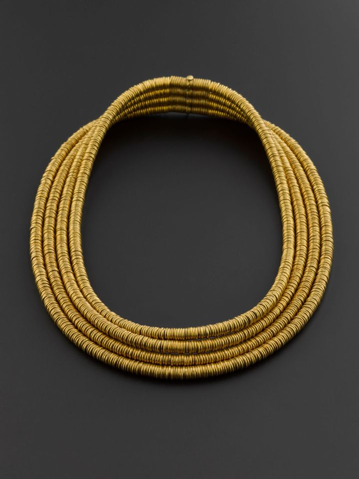 Gold collar from Qurna burial, comprising 1,699 gold ring beads (around 1585BC-1545BC)