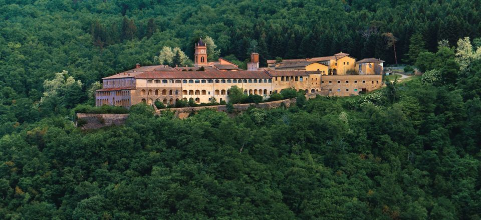 Battle over Bannon's nationalist bootcamp in Italian monastery