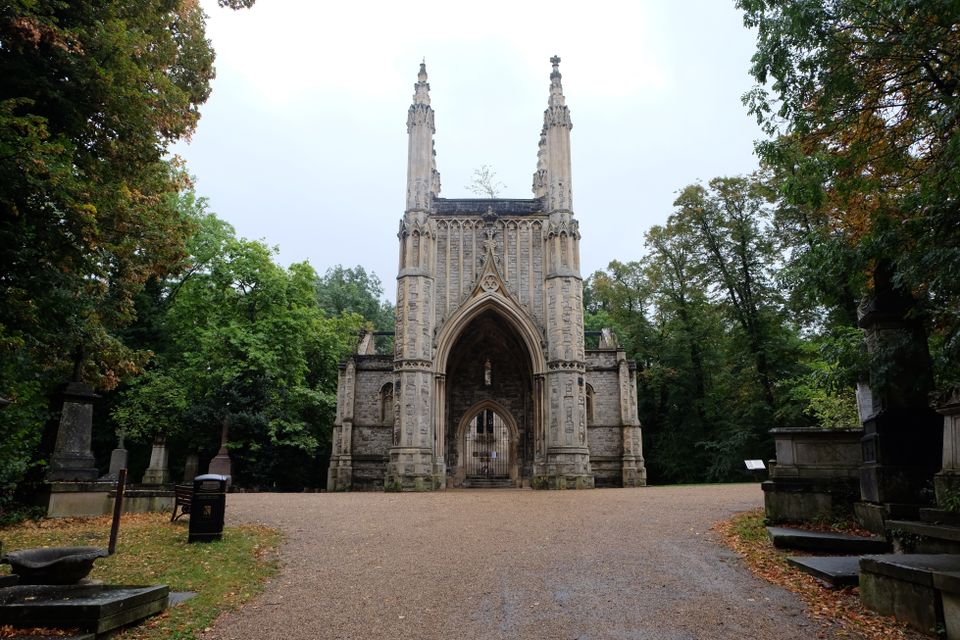 Phyllida Barlow sculpture to pop up in partially ruined, gothic chapel in London cemetery